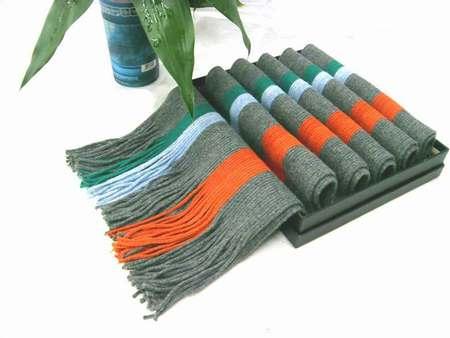 desigual annelise foulard imprime femme foulard femme torrente foulard garcon pas cher. Black Bedroom Furniture Sets. Home Design Ideas
