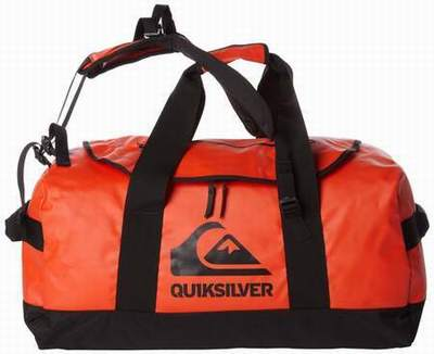 sac de voyage quiksilver intersport sac a dos quiksilver scolaire sac quiksilver basic b. Black Bedroom Furniture Sets. Home Design Ideas